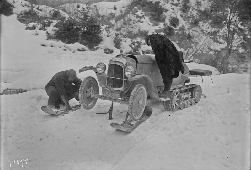 Concours de voitures à neige au Col du Sappey le 9 Février 1922 2712