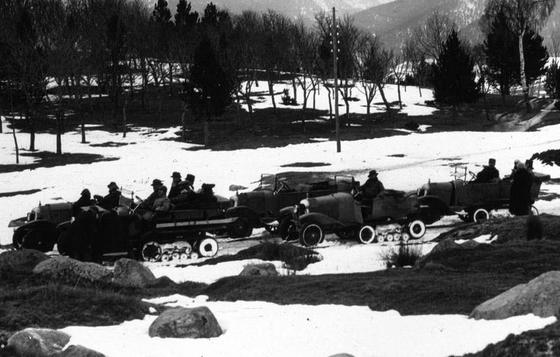 Concours de voiture à chenilles dans les Pyrénées Orientales en 1922 315