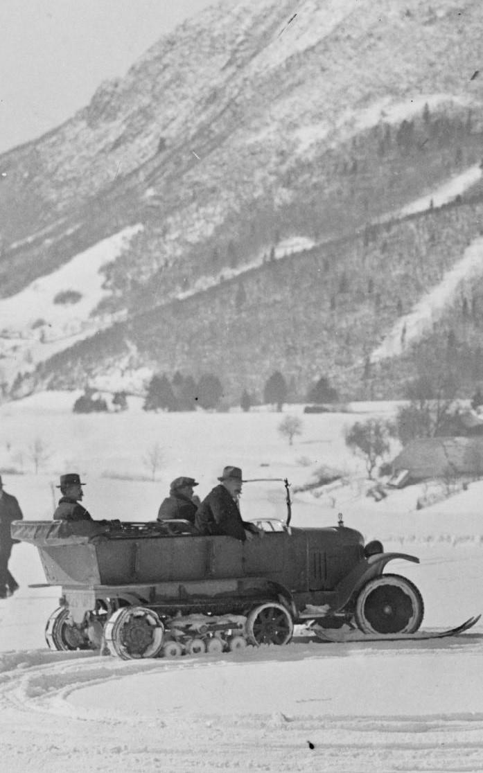 Concours de voitures à neige au Col du Sappey le 9 Février 1922 3611
