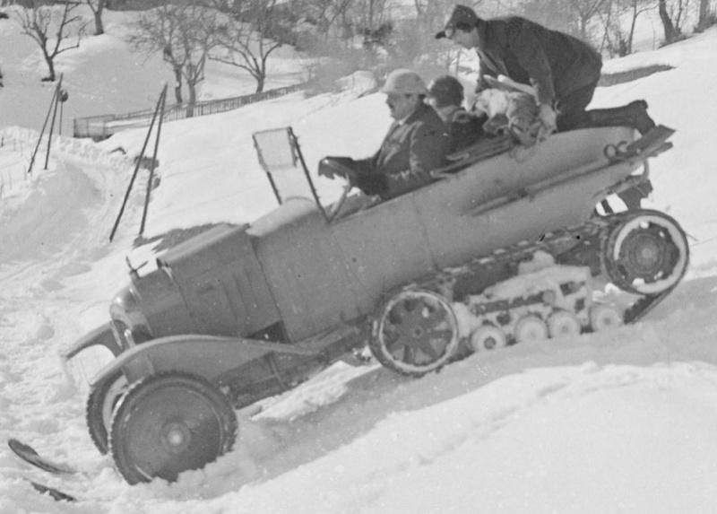 Concours de voitures à neige au Col du Sappey le 9 Février 1922 4711
