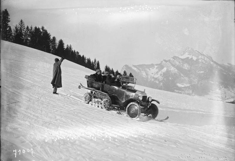 Concours de voitures à neige au Col du Sappey le 9 Février 1922 712