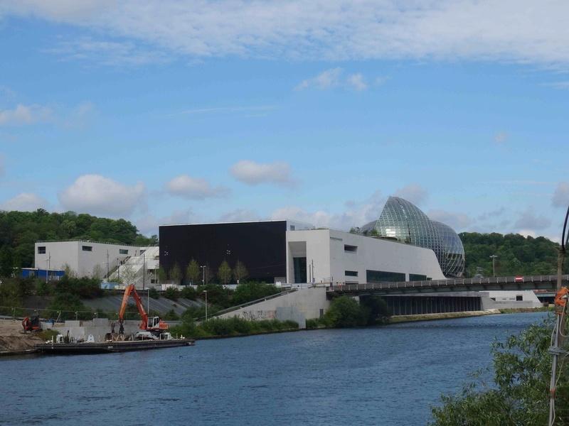 La Seine Musicale de l'île Seguin - Page 4 Dsc00845