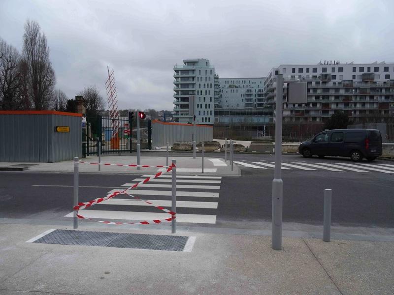 Avenue Pierre Lefaucheux Dsc08416