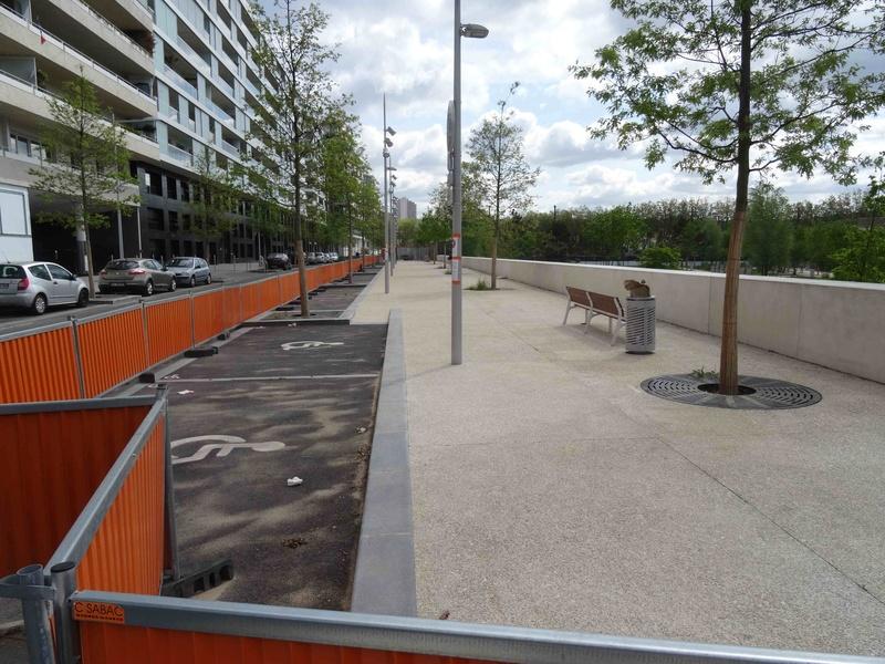 Avenue Pierre Lefaucheux Dsc09440