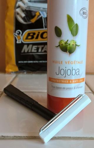 Rasage intégralement à l'huile : 6 huiles végétales au banc d'essai Wp_20276