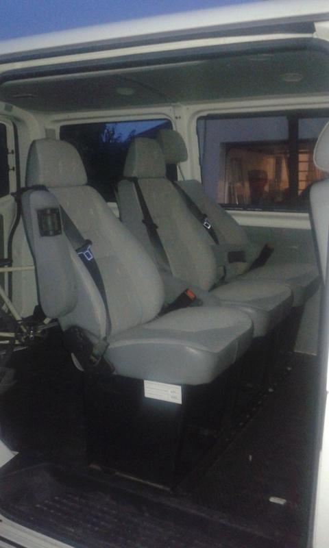 Vends Sièges arrières T5 de 2004, Poulie embraye climatisation et séparation  20160810