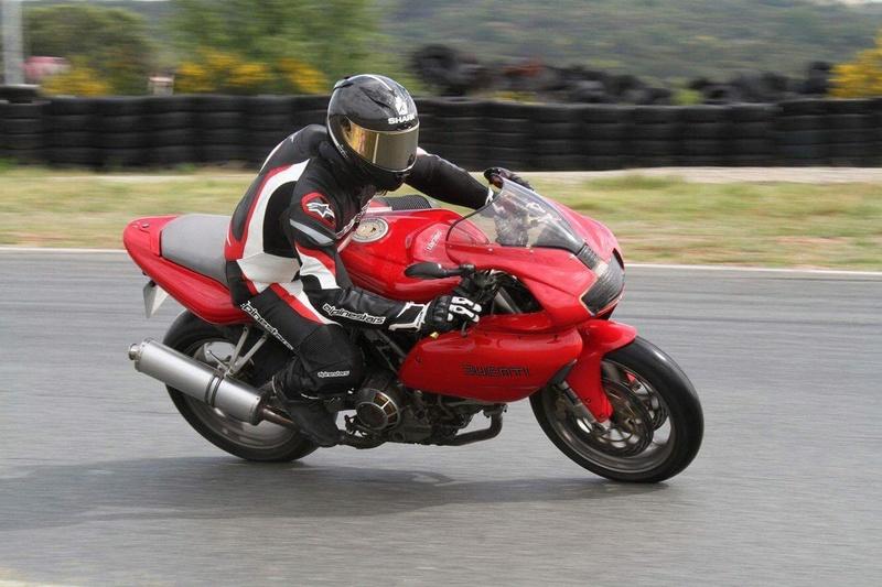 Passion: Motos et motards - Page 16 Img_4826
