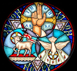 """Déposez ici vos intentions de Prières à """"La Grotte de Lourdes"""" ! - Page 30 Holy_t10"""