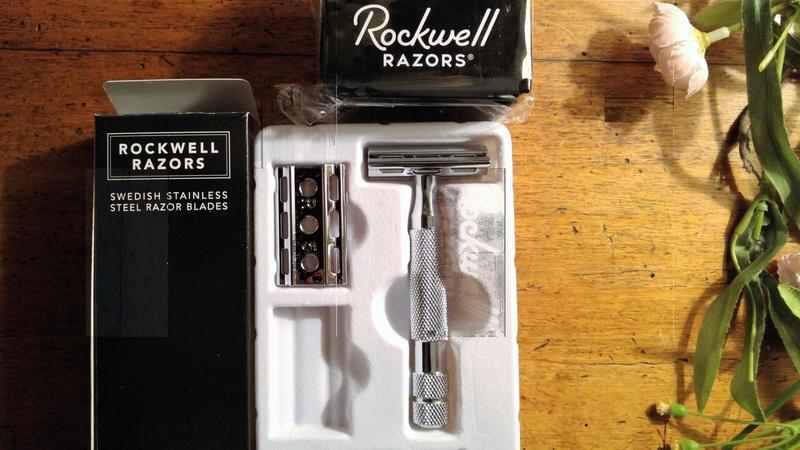 Rockwell Razors 6C - modèle Chrome - - Page 3 Conten10