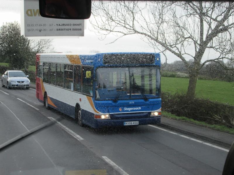 Les cars et bus anglais Img_4010