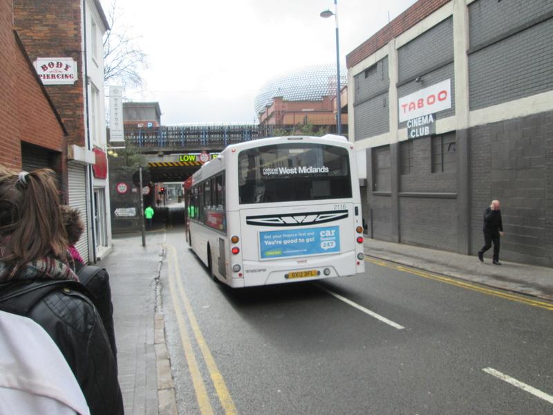 Les cars et bus anglais Img_4013