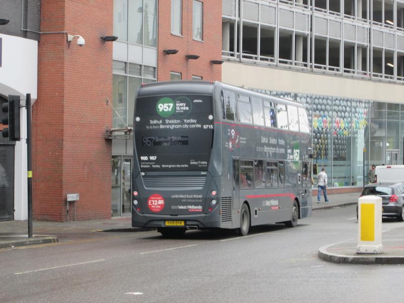 Les cars et bus anglais Img_4014