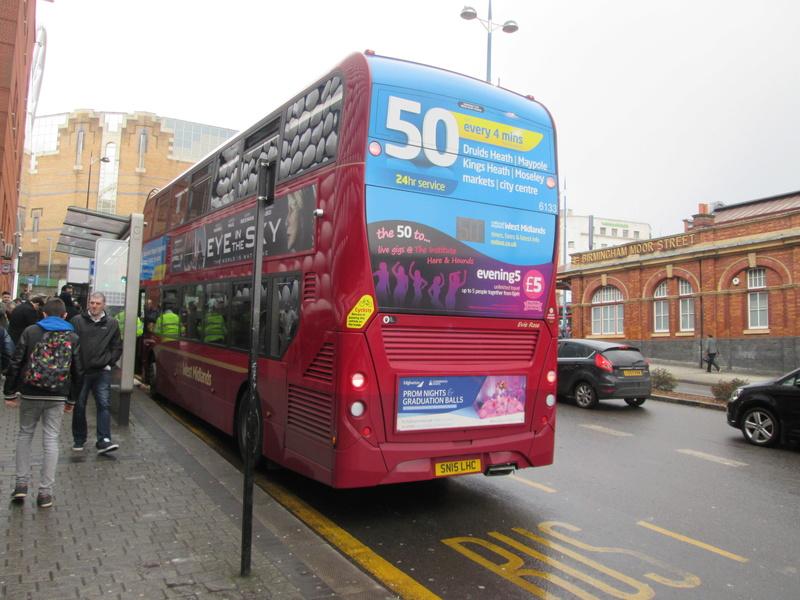 Les cars et bus anglais Img_4017
