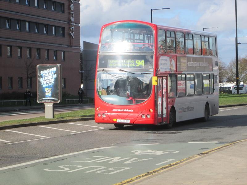 Les cars et bus anglais Img_4110