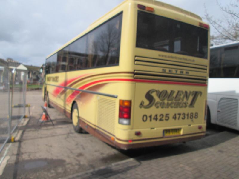 Les cars et bus anglais Img_4410