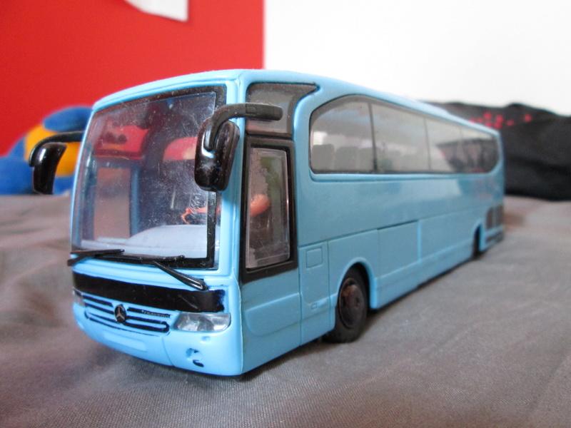 Les cars et bus miniatures Img_6210