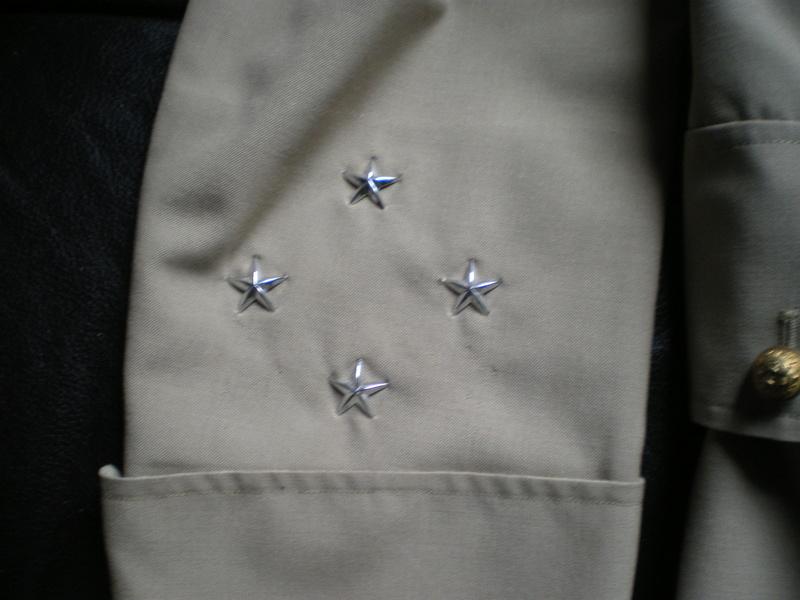 uniforme de general 4 etoiles Imgp1374