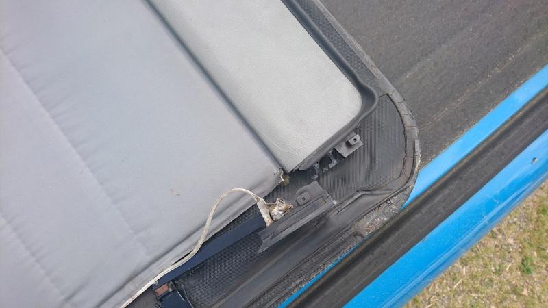 Problème accroches caopte de toit Dsc_0610