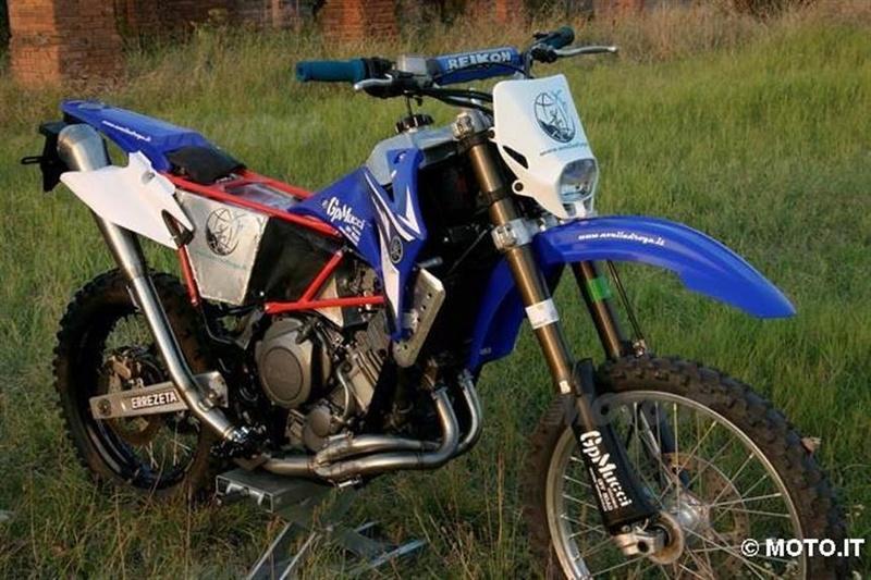 Fourche inversée Yamaha10