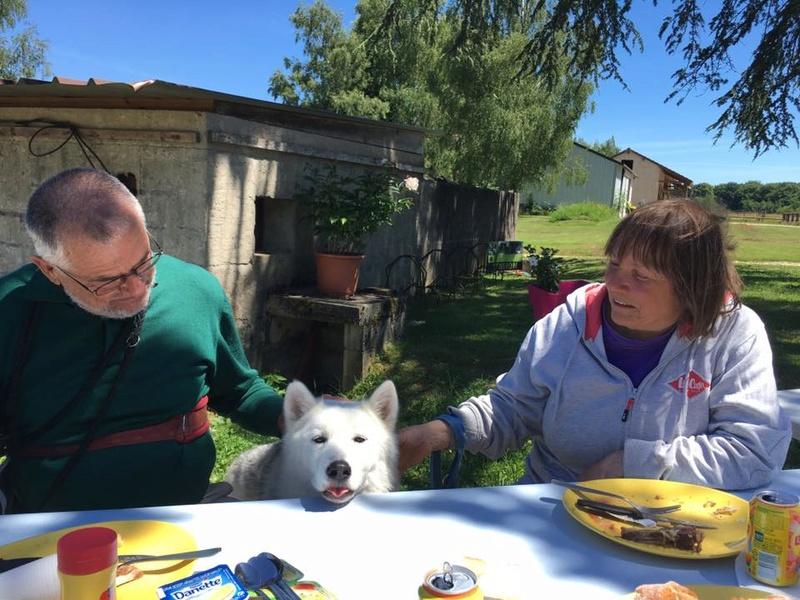 Saskia, Jiro, et leurs copains Ae_tab11