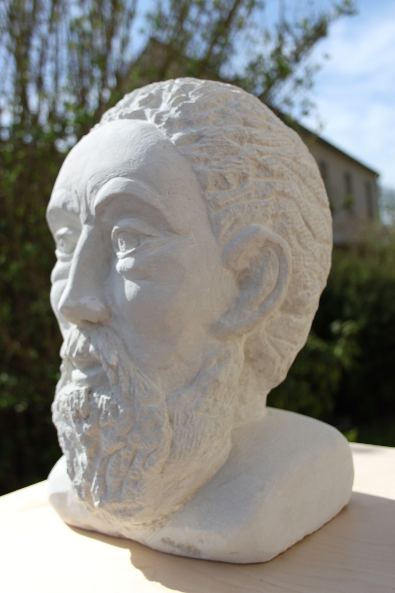 Ma première sculpture en Pierre Img_5813