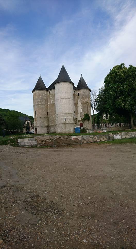 Chateau des Tourelles & Vieux Moulieu de Vernonnet 18341711