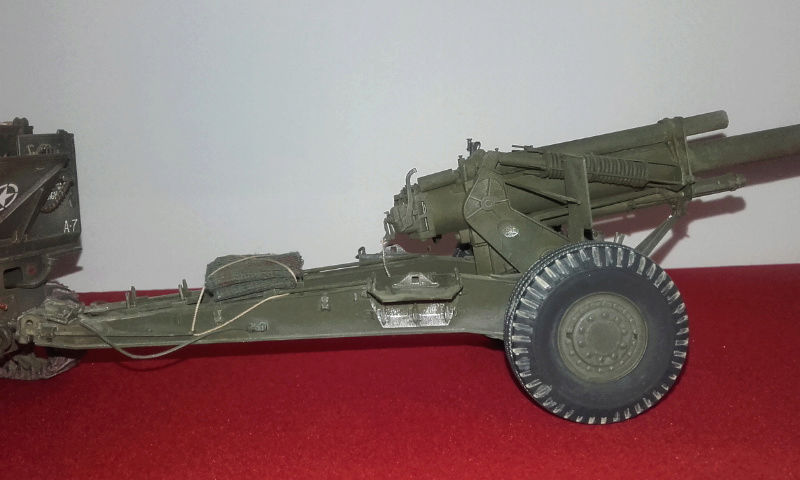 High speed tractor + 155 howitzer HOBBY BOSS 1/35 Screen11