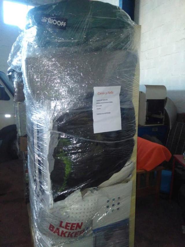 Transport 2 pallets aangekomen bij Canis y Felis 1124