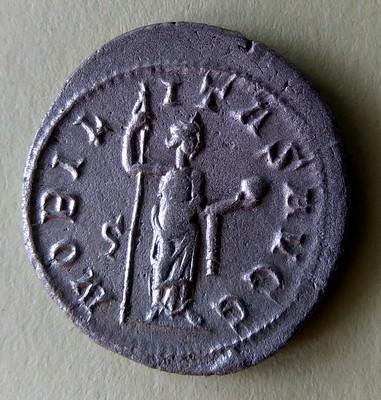 Antoninien Philippe 1er l'Arabe : vrai ou faux ? Imag0813