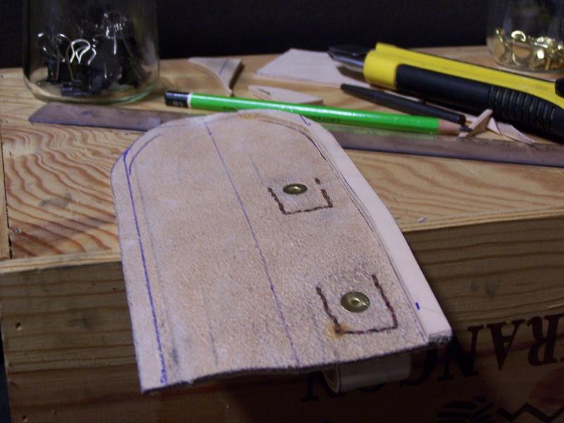 Fabrication d'un couteau avec des pièces de récup. - Page 2 100_1821