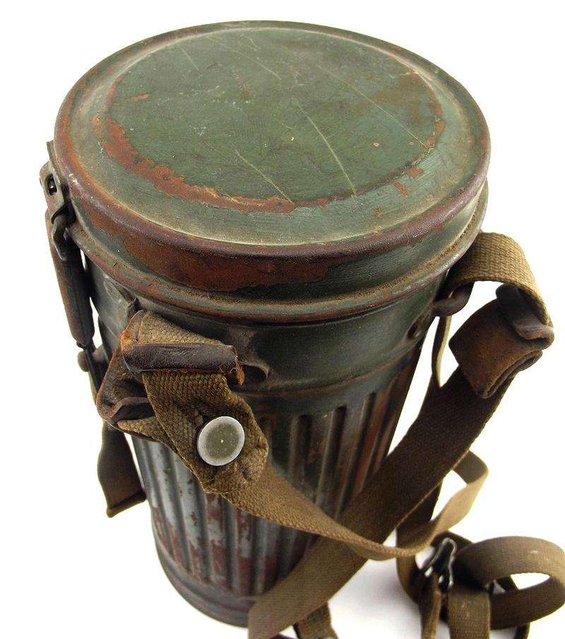 un masque a gaz sympa Dscf4421