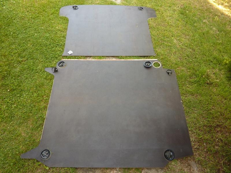 plancher  (VENDU)et porte latérale P1160411
