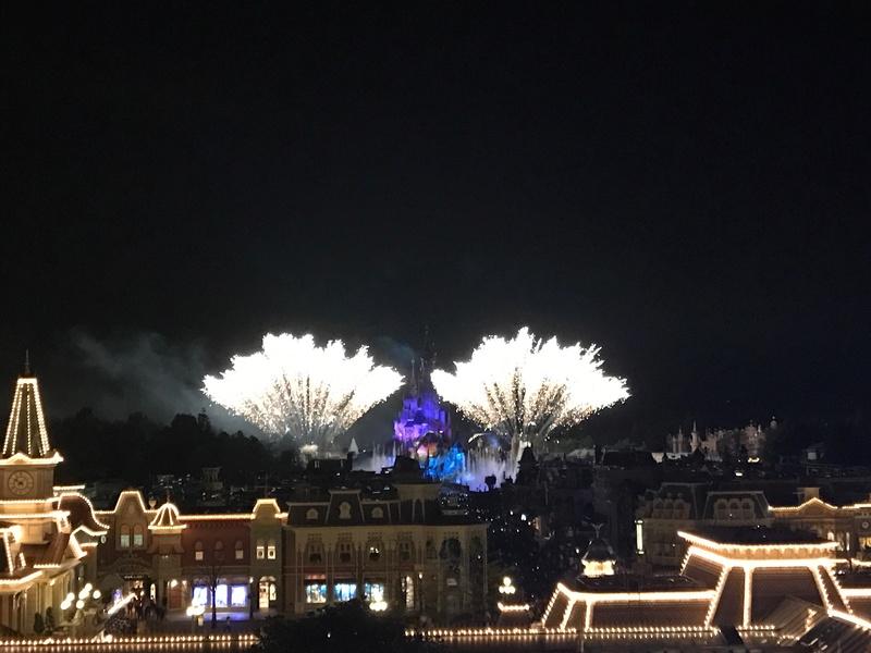 TR (Page 5) - 25 ans de Disneyland Paris au Castle Club - 11,12,13 Avril 2017  - Page 8 Img_0910