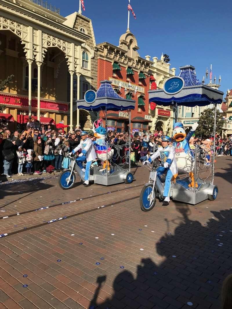 TR (Page 5) - 25 ans de Disneyland Paris au Castle Club - 11,12,13 Avril 2017  - Page 9 Img_0924
