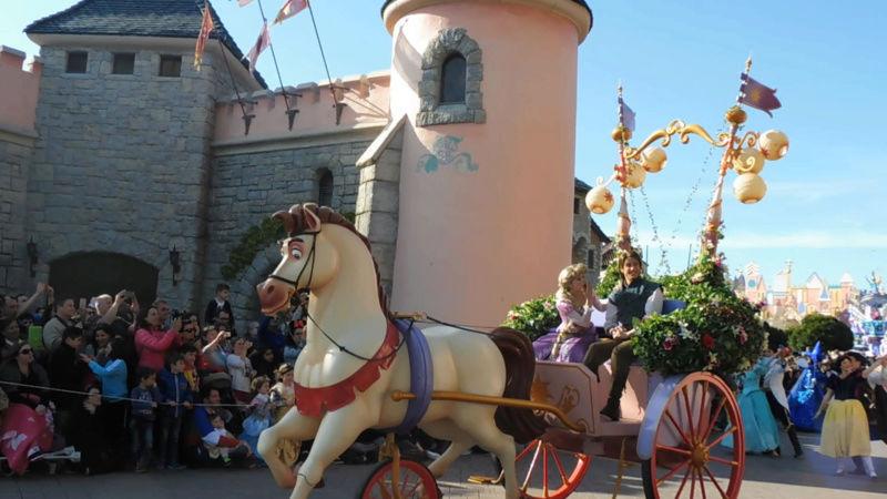 TR (Page 5) - 25 ans de Disneyland Paris au Castle Club - 11,12,13 Avril 2017  - Page 8 Img_1019