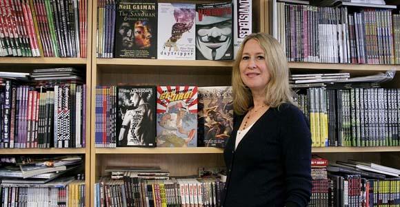 Karen Berger est recruté par Dark Horse Karenb10