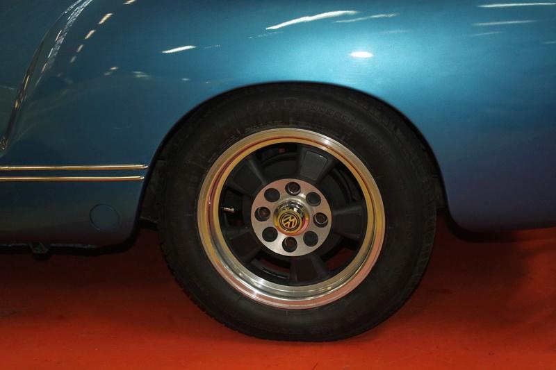 Karmann Ghia 1973 Alaska blue metallic !!! - Page 3 Img_1416