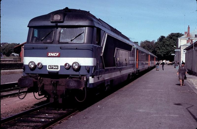 CORAIL à Dinard (début 1980) 17103310