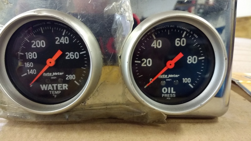 Autometer Gauges Water Oil Autome11