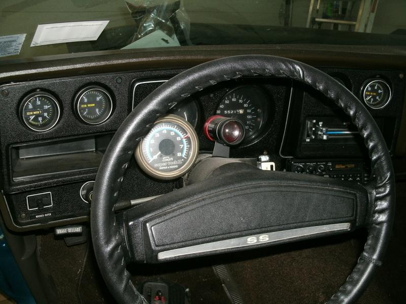 Aftermarket ot OEM gauges installation Dash_210