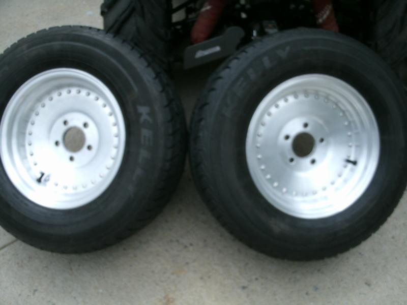 Rear tire rollers Rear_r13