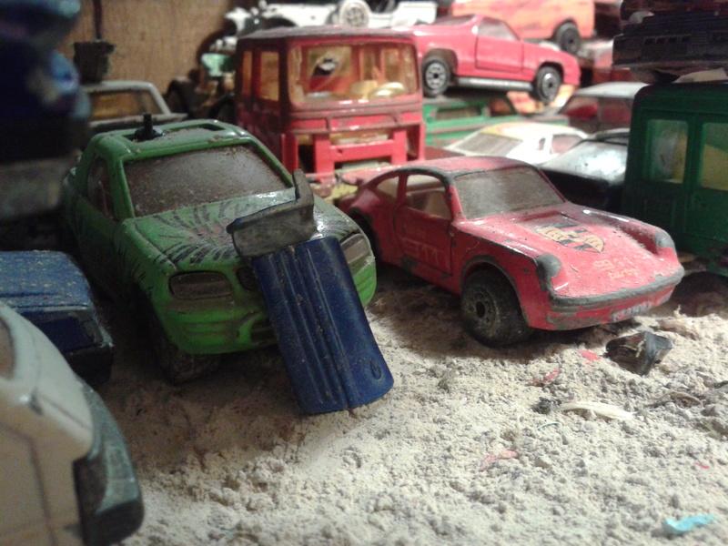 mon diorama casse majorette et autre  Ab_cas12