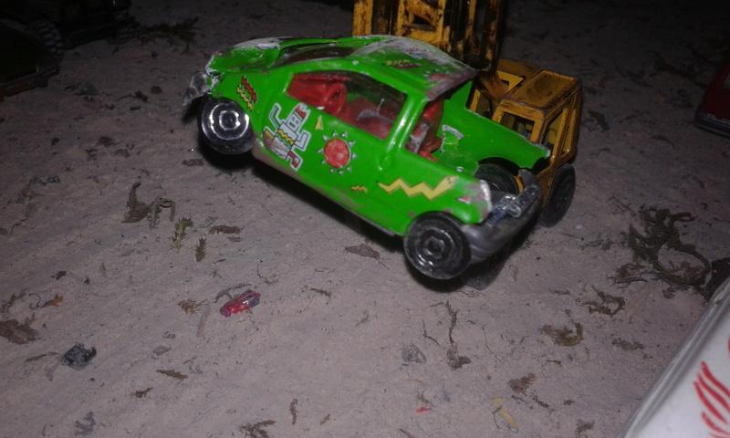 mon diorama casse majorette et autre  Ab_cas24