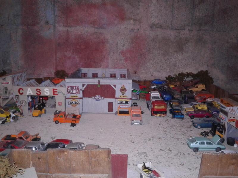 mon diorama casse majorette et autre  Ab_cas26