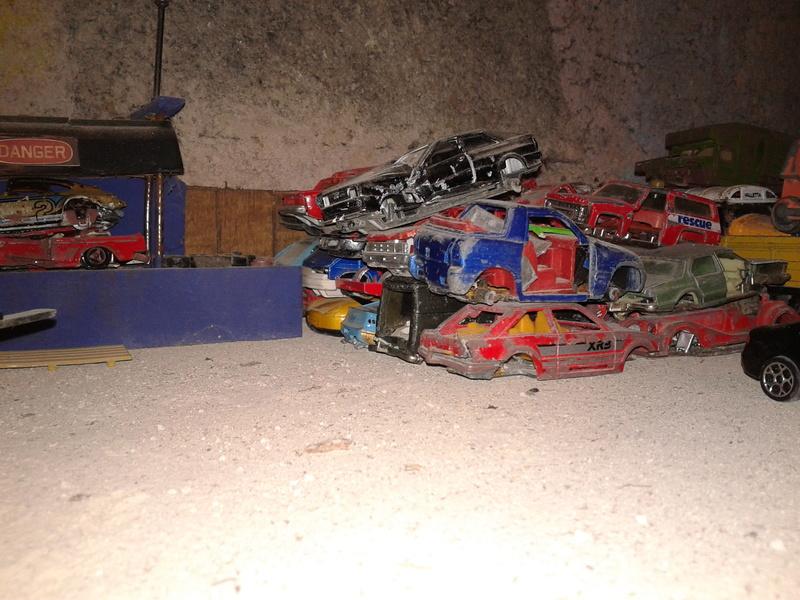 mon diorama casse majorette et autre  Casse_13