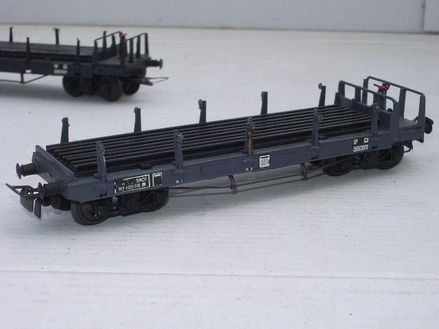 Wagons plats ranchers vides ou chargés Imgp6411