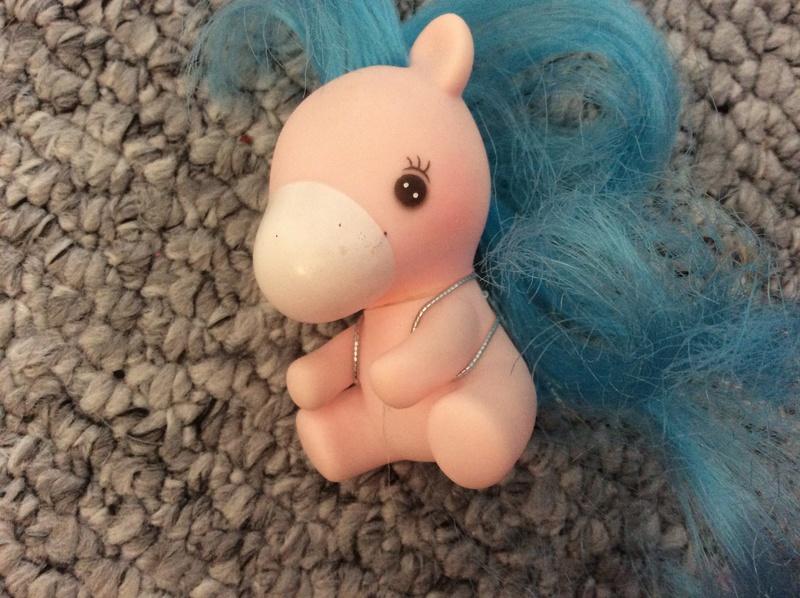 Suzy's DIY crafts NEW: faire des ailes pour son bebe Takara! Image130