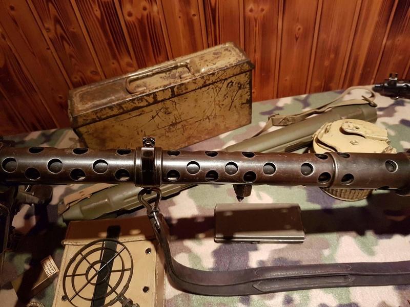 Numéro de série de MG 34 dot portugaise - Page 4 Receiv18
