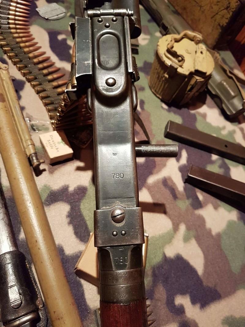 Numéro de série de MG 34 dot portugaise - Page 4 Receiv19