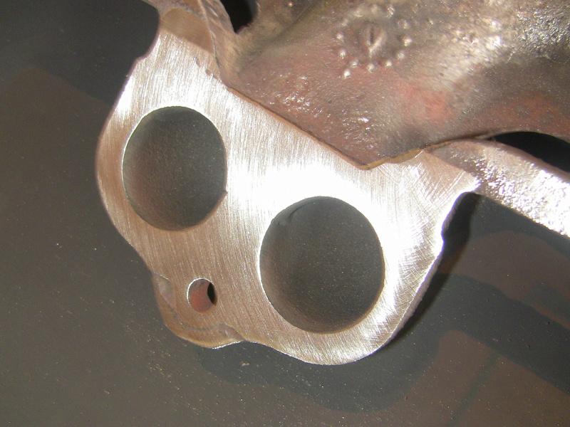déformation pipe échappement ; modéle essence Img_9124